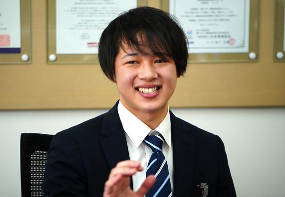 総合職インタビュー事務室