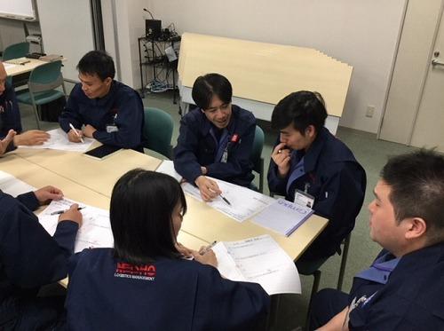 ベトナム人正社員研修を開催しました。