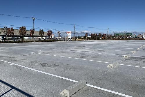 新しい駐車場が完成しました!