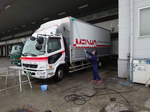 洗車を励行しています!